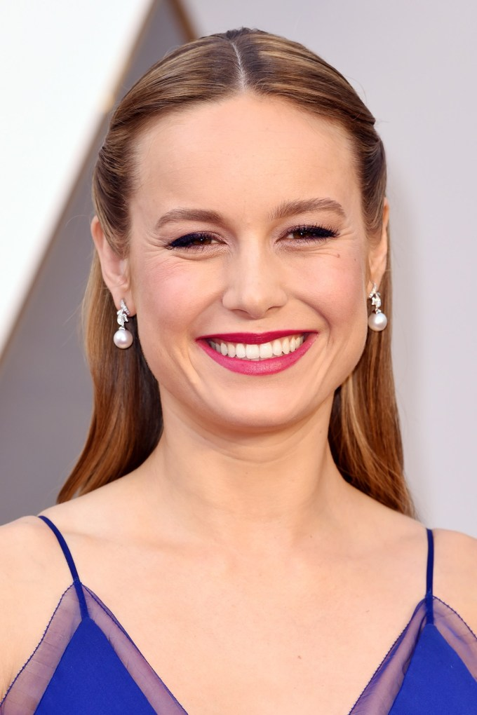 Brie-Larson-Oscars-2016-Red-Carpet-Beauty-Vogue-28Feb16-Rex_b