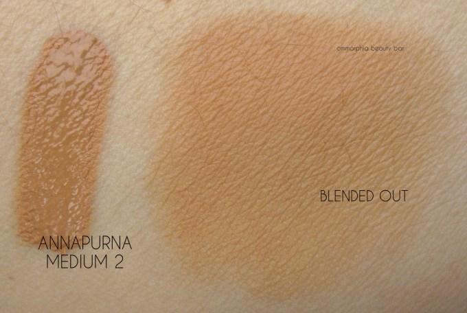 NARS Annapurna Velvet Matte Skin Tint swatch