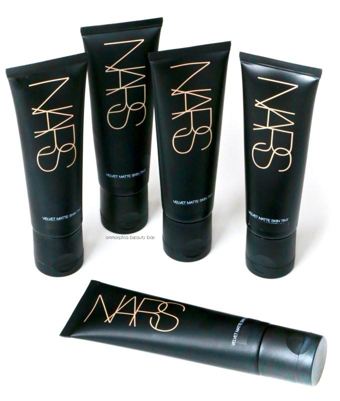NARS Velvet Matte Skin Tint opener