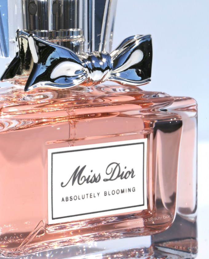 Miss Dior Absolutely Blooming closer