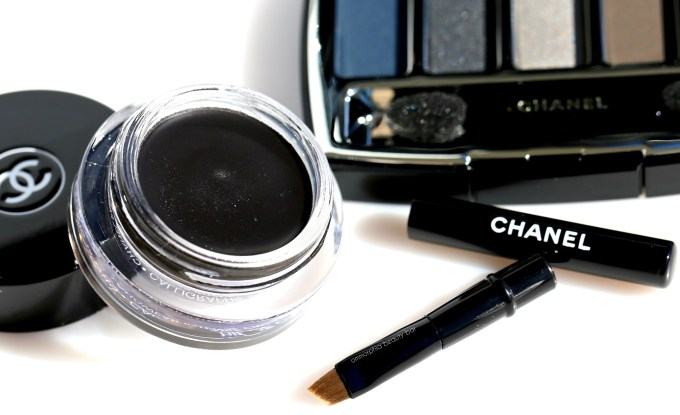 chanel-hyperblack-brush