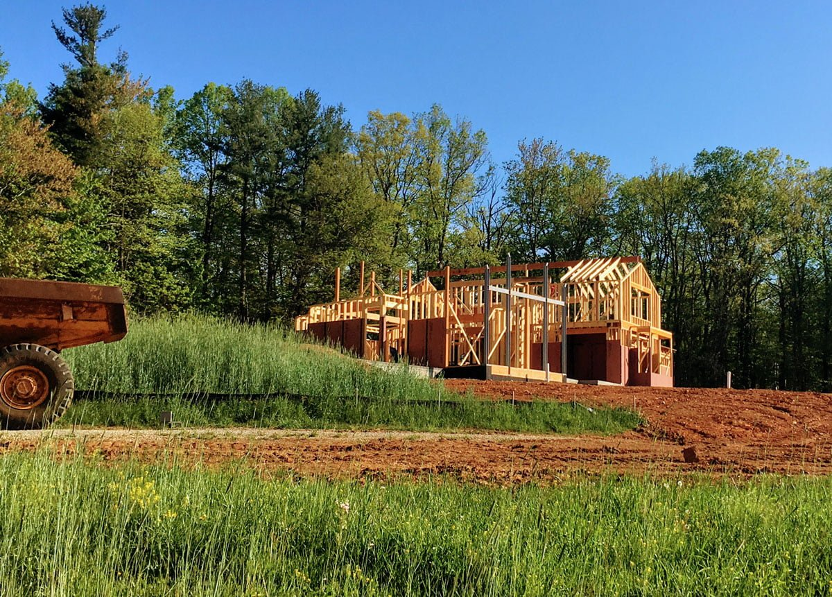 Building a house and a farm project – MCF