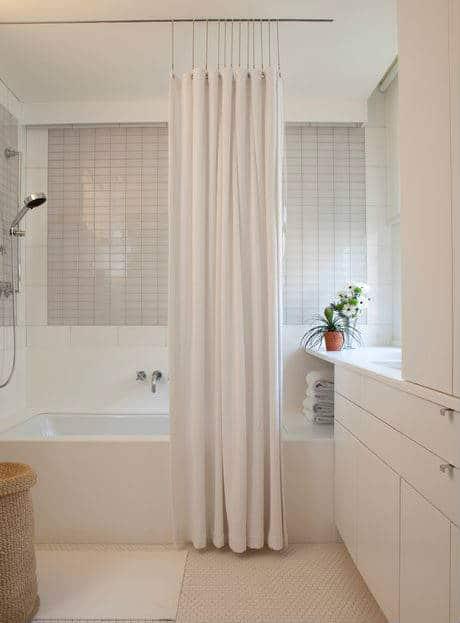 glass shower door vs shower curtain