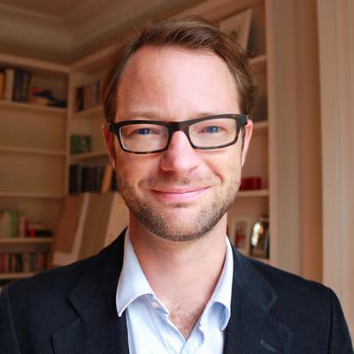 "Marketing Director chez Verychic <a href=""https://www.verychic.com"" target=""_blank"">Hôtels</a> <br><b>Charles Decaux</b>"