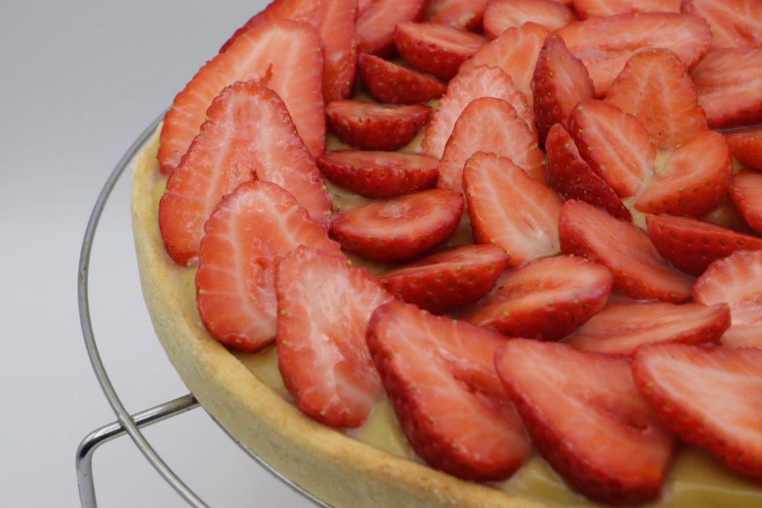 tarte-fraises-vegan-entiere-grille