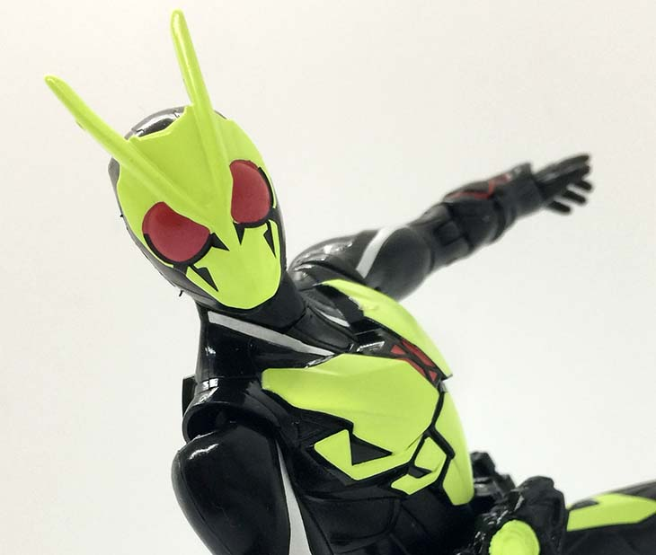 【レビュー】令和初のライダーが超絶クォリティのアクションフィギュアで登場!原点回帰のバッタモチーフと蛍光イエローのアーマーが斬新なRKF 仮面ライダーゼロワン ライジングホッパーを買ってきた!|おもちゃライダー
