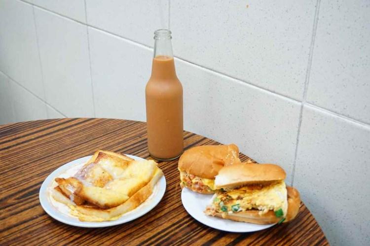 """【香港上環】瑞記咖啡    香港老滋味""""隱身在街市中的美味早餐""""罇裝奶茶"""