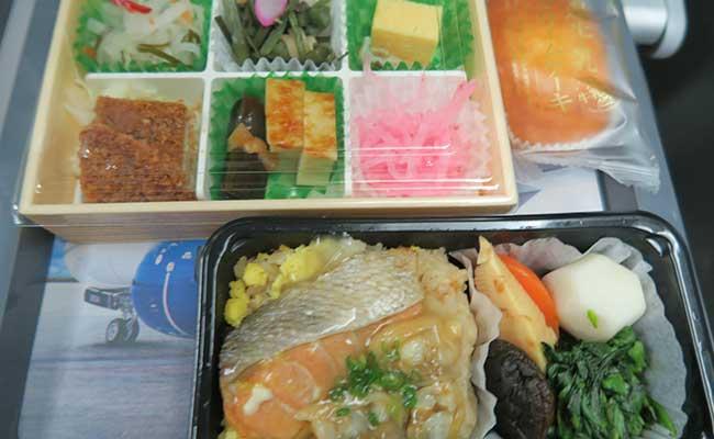 ハワイ子連れ旅行の飛行機、デルタ航空の子どもの食事(トドラーミール)の内容は? 8