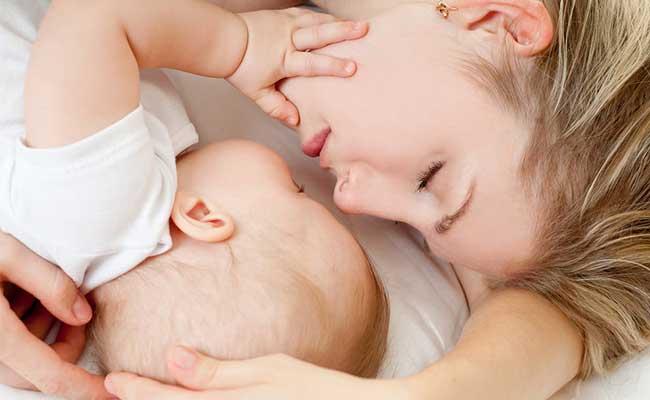 1歳児の睡眠時間の理想や平均はどのくらい?睡眠リズムの作り方は? 1