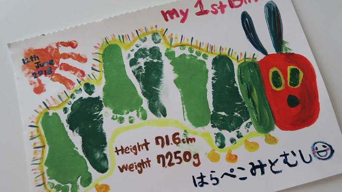 赤ちゃん手形アート足形