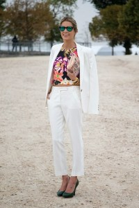 Helena-Bordon-Vogue30Sept13-Dvora_b_592x888