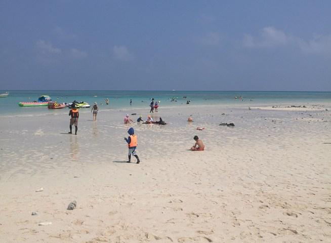 久米島のはての浜