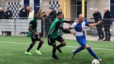 Superieur Waterwijk vernederd stadgenoot FC Almere.