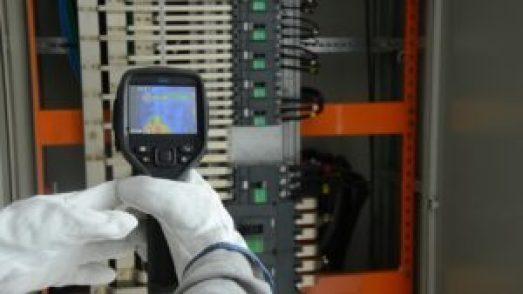 manutenção elétrica em Curitiba: manutenção de quadro elétrico