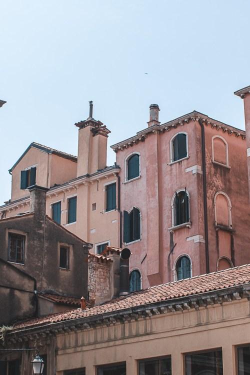 Ficar em Mestre em Veneza: vale a pena? Como é?