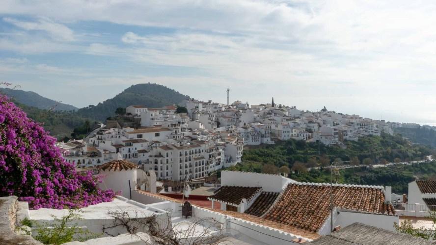 das weiße Dorf Frigiliana in Andalusien
