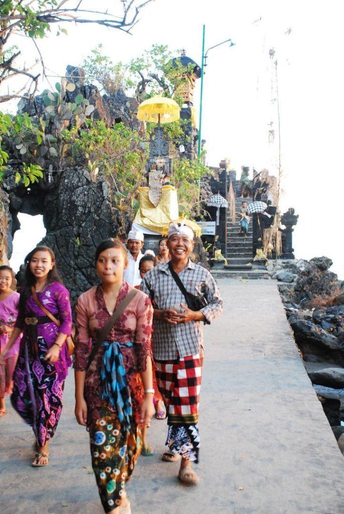 Pura-Batu-bolong-Lombok-Indonesia-qué-hacer