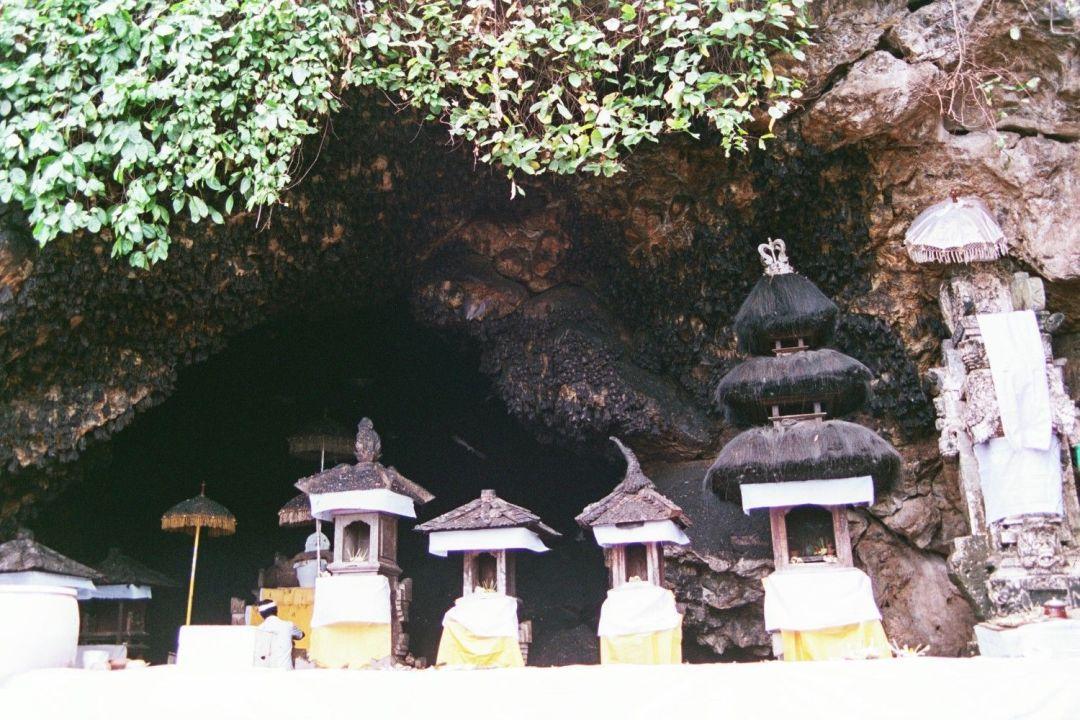 guía-de-Bali-La-cueva-de-Los-murciélagos