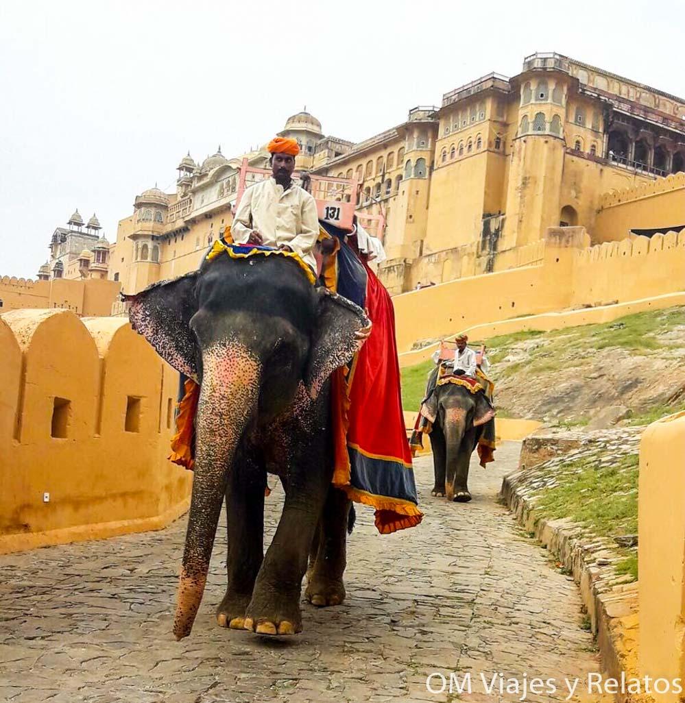 fuertes-India