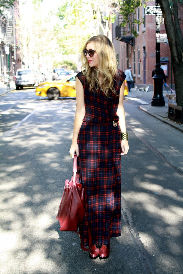 Taxi Cab, little red riding hood, ootd, plaid, nyc, street style