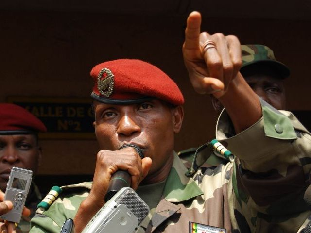 El líder militar de Guinea Dadis Camara