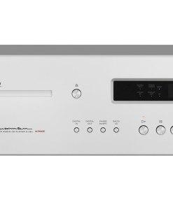 Luxman D-08u music player