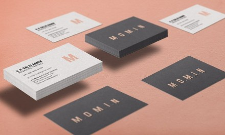 30 Free Creative Business Card Mockups