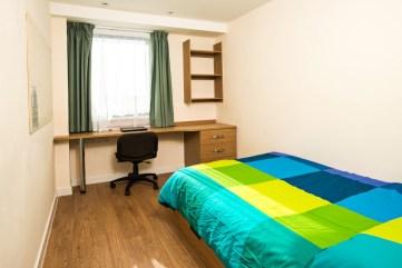 Dorchester-house-bedroom