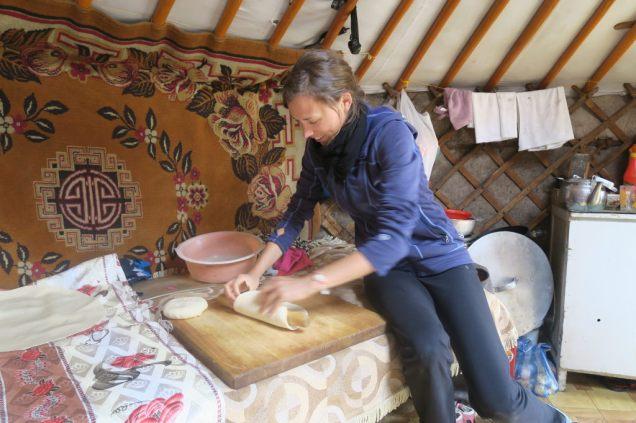 Elise fait les pâtes