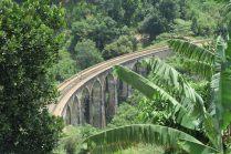 Vue sur le pont à neuf arches