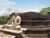 Un des 4 Bouddha du Vatadage