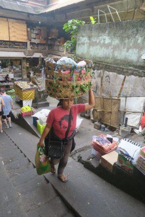 Femme au Marché de Ubud