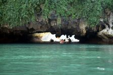Le passage sous la roche