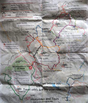 La carte donnée par QT motorbike. Désolé pour la mauvaise qualité, la carte a vécu et on n'a pas de scanner !