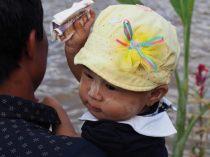 Un enfant lors des festivités