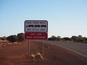 Attention aux road trains !