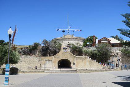 """La """"round house"""" de Fremantle, une des structures les plus anciennes, qui servait également de prison..."""