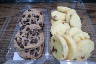 Notre craquage de l'Australie... Ultimate Chocolate Chip Cookies et Salted Caramel Shortbread... juste trop bons...