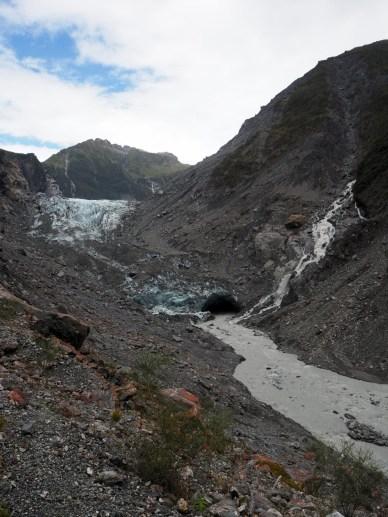 Le glacier Fox (avec de la poussière rocheuse dessus)