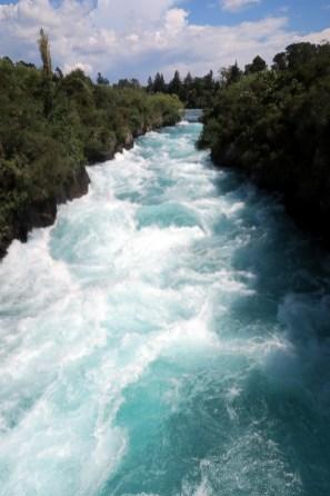 Les Huka falls (en aval)