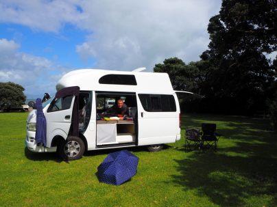 Ultime rangement avant d'aller rendre le campervan à Auckland