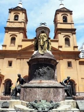 Couvent de Santo Domingo et mausolée de Manuel Belgrano dans le quartier de Monserrat, Buenos Aires