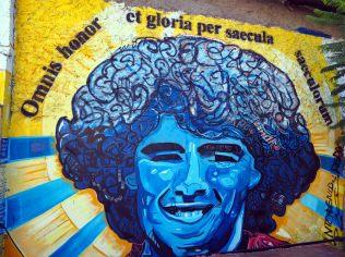 Fresque en honneur d'un certain joueur ayant fait ses armes à La Boca. L'avez vous reconnu ?