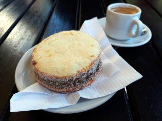 Petite pause café/Alfajores à San Martin de Los Andes