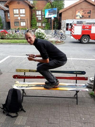 Julien travaille son schuss à Pucon, Chili