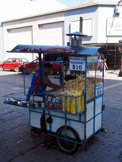 Un stand de popcorn, Salta