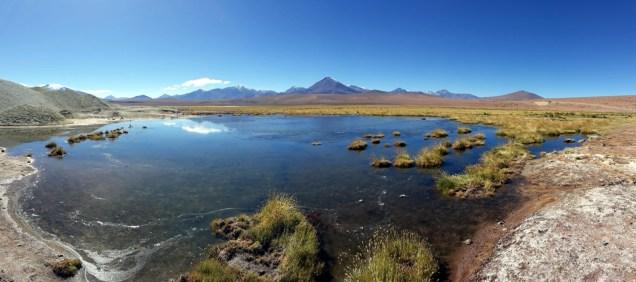 Sur la route entre les Geysers du Tatio et SAn Pedro de Atacama