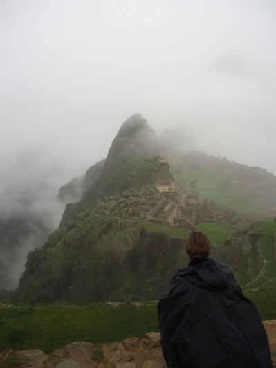 Premières vues sur le site du Machu Picchu, lors de la montée sur la Montana