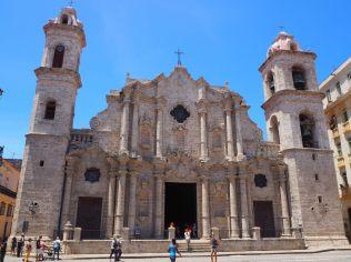 La Cathédrale de la Vierge Marie de l'Immaculée Conception (Catedral de la Virgen María de la Concepción Inmaculada) de la Havane (!)