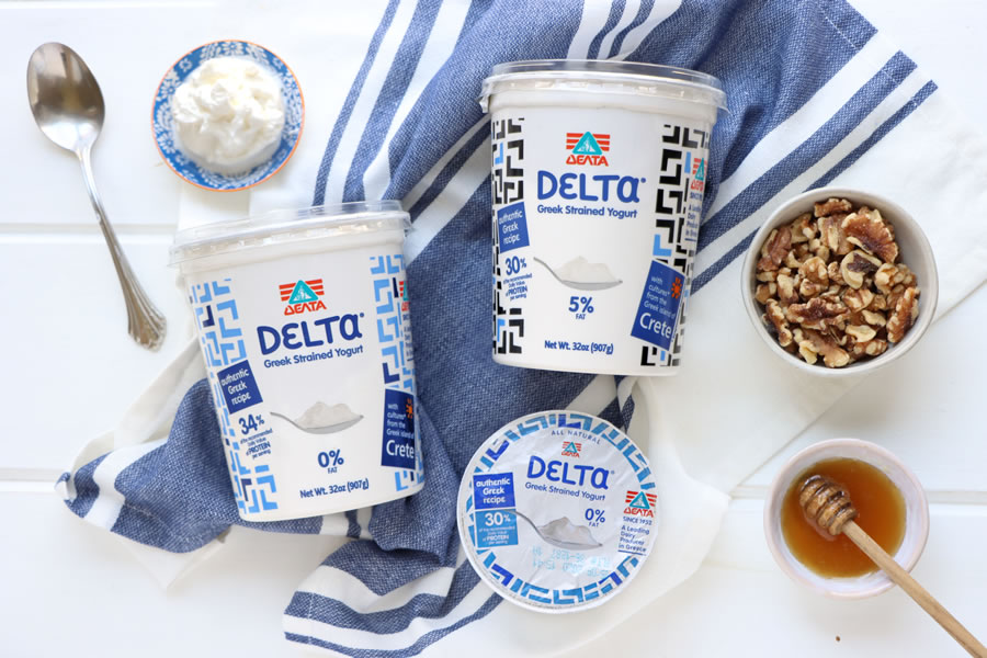 Delta Greek yogurt with honey and walnuts